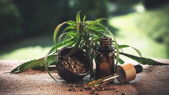 CBD-Öl wirkt gegen Rückenschmerzen und Entzündungen